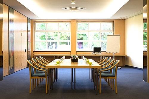 Derag Hotel Kanzler Bonn Parken