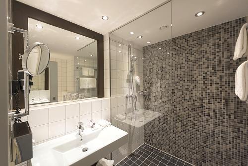 Mercure hotel d sseldorf s d tagungsraum konferenzraum for Moderne hotels nrw